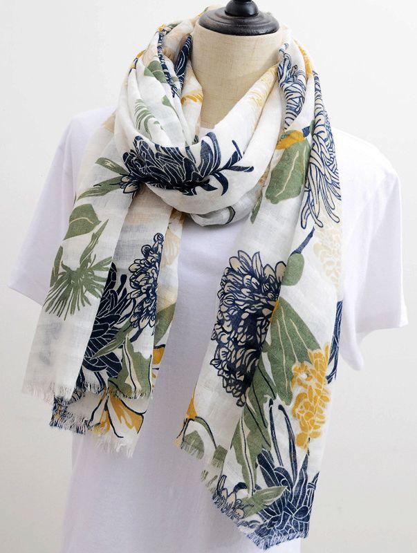 Printed Linen Scarf | Paisley Shawls