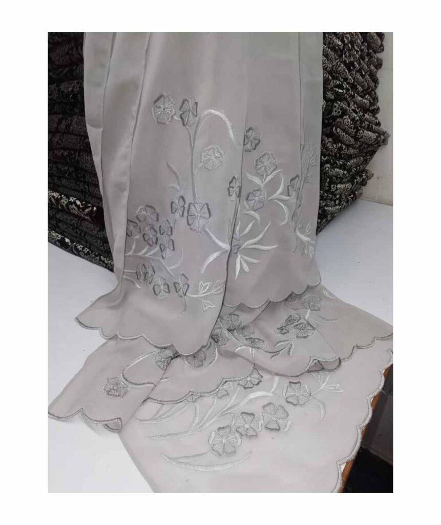 ladies winterwholesalesolid multi-colors Embroidered pashminascarfcashmere fashionscarf